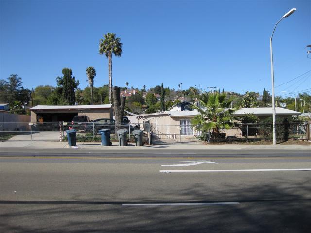 456 E El Norte Pkwy, Escondido, CA