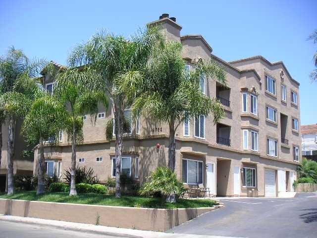 5722 Riley St #APT 2, San Diego, CA