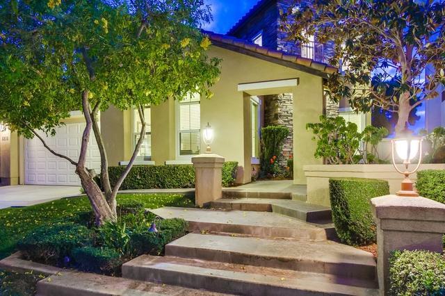 8218 Torrey Gardens Pl, San Diego, CA