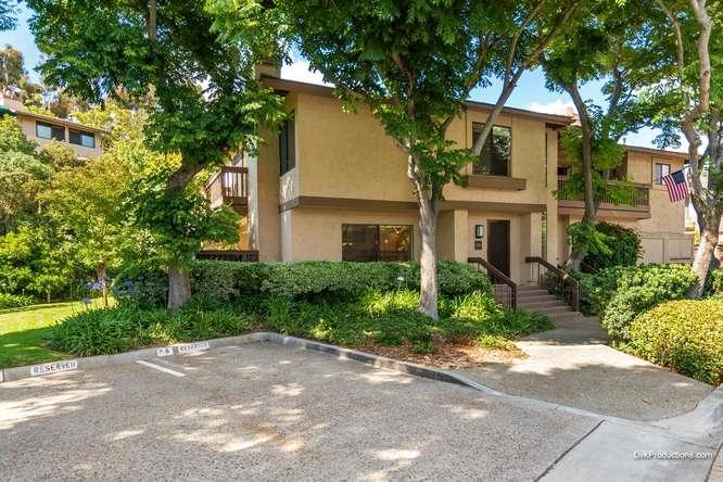 5984 Gaines St, San Diego, CA 92110