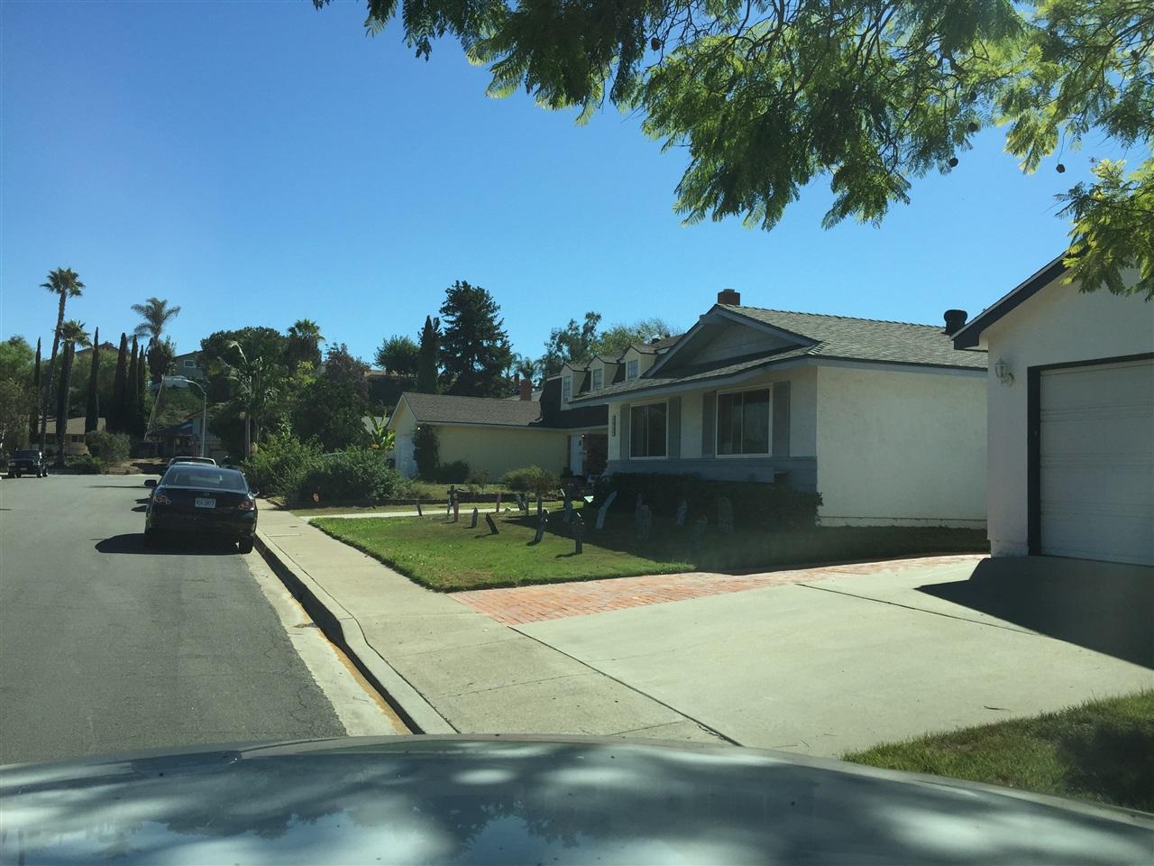 8657 Warwell Dr, San Diego CA 92119