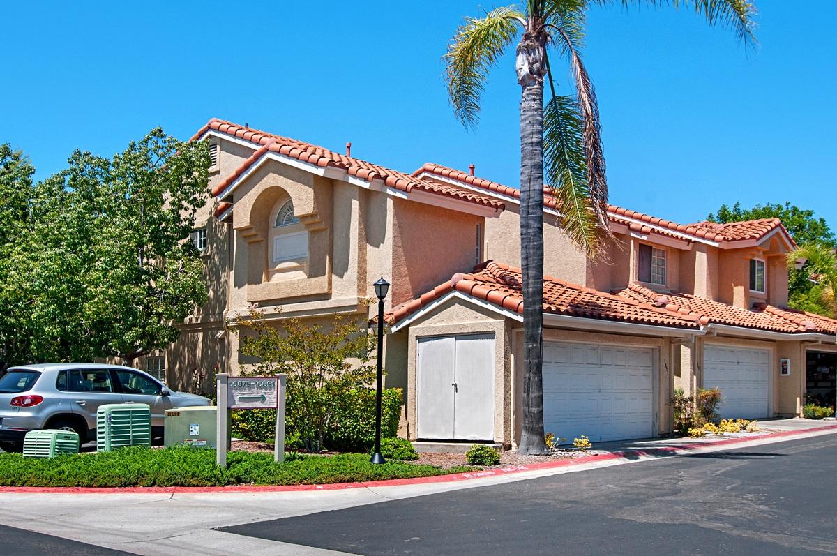 10891 Creekbridge Place, San Diego, CA 92128