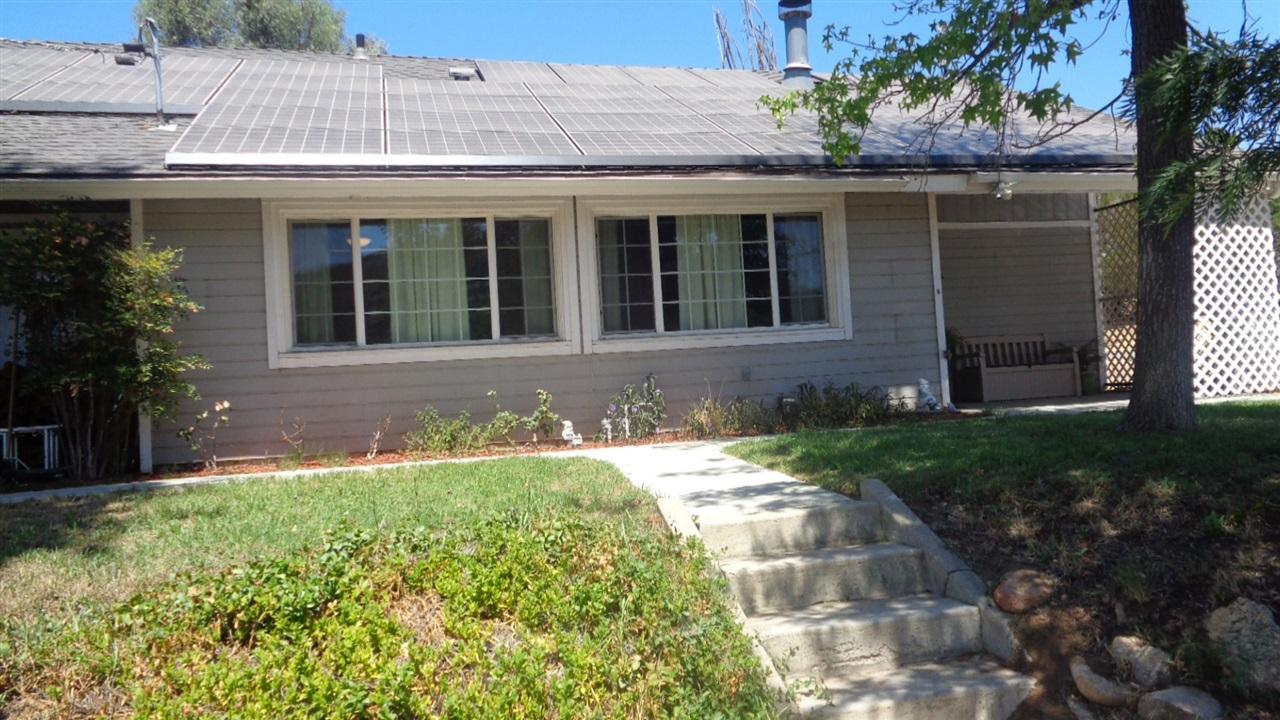 1537 Weekend Villa Rd, Ramona, CA 92065