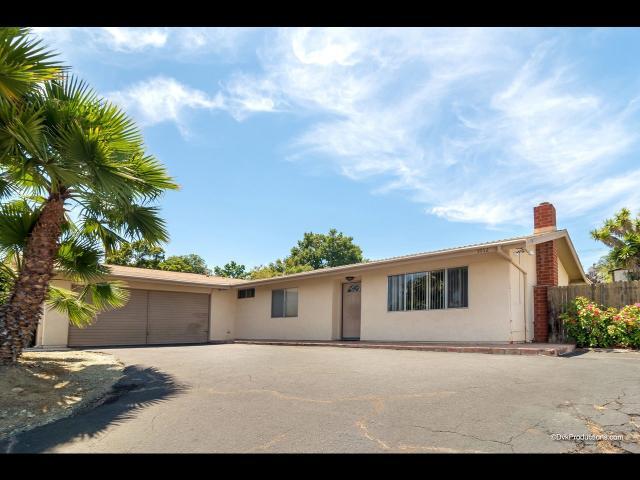1012 S Rancho Santa Fe, San Marcos, CA 92078