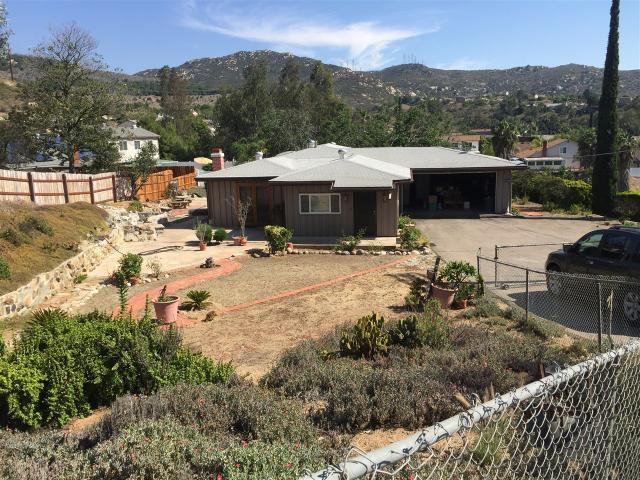 13749 Ridge Hill Dr, El Cajon, CA 92021