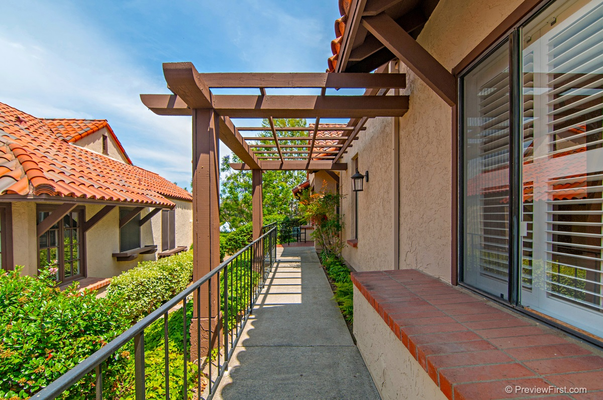 17609 Devereux Road, San Diego, CA 92128