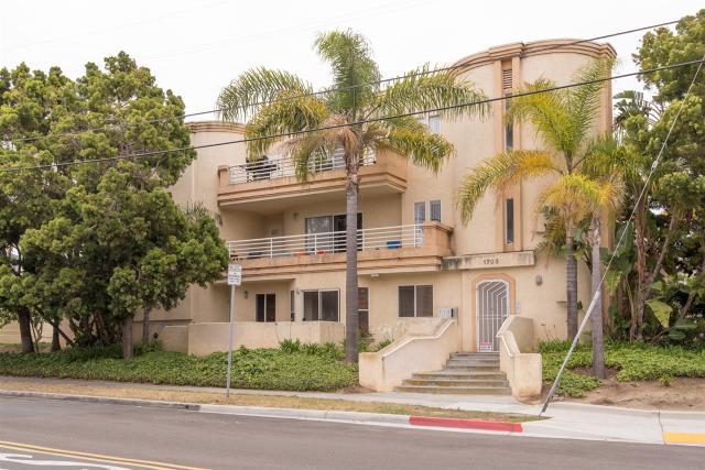 1703 La Playa #C, San Diego, CA 92109
