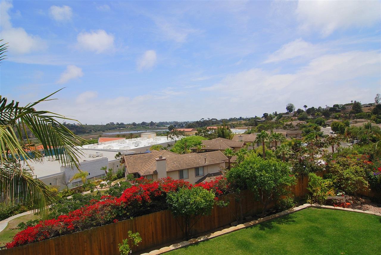 1809 Ivy Road, Oceanside, CA 92054