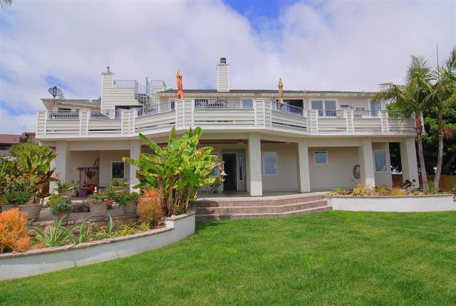 1809 Ivy Rd, Oceanside, CA 92054
