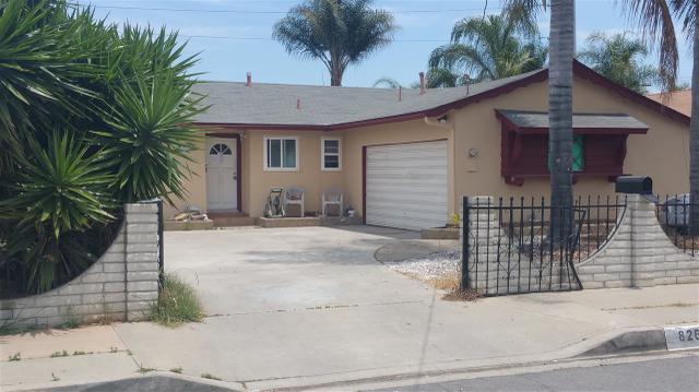826 N Cedar St, Escondido, CA 92026