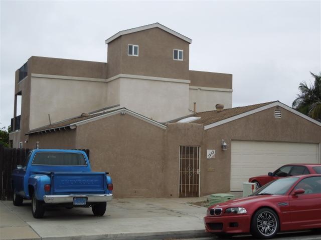 2752 Burgener, San Diego, CA 92110