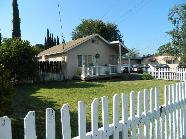 918 W 11th Ave, Escondido, CA 92025