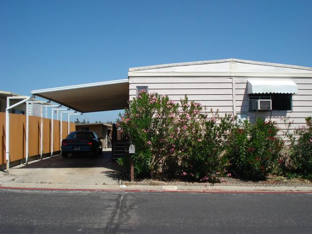 900 Howard Ave #11, Escondido, CA 92029