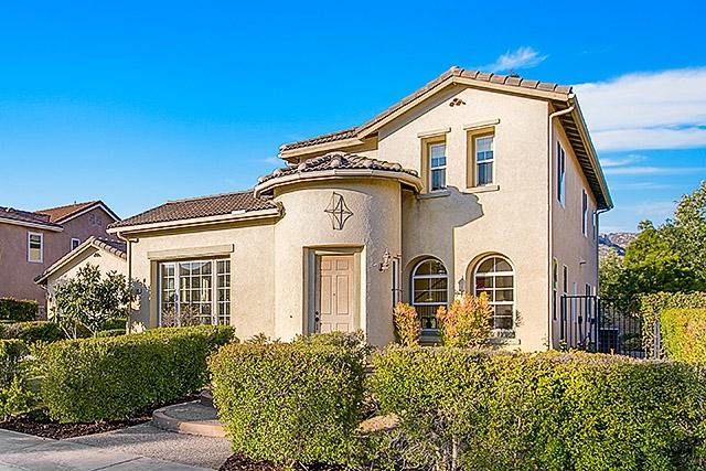 2392 Douglaston Glen, Escondido, CA 92026