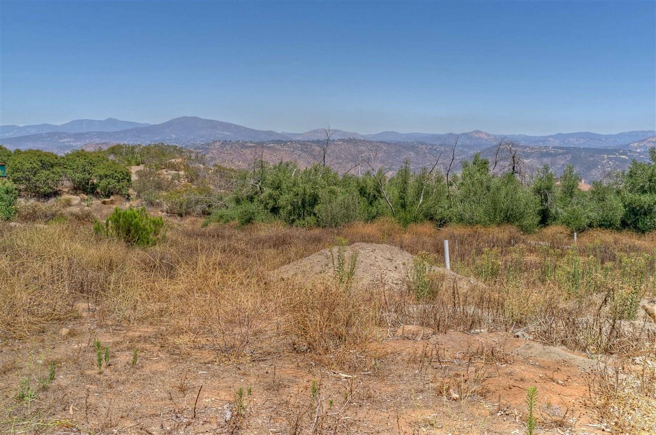 2442 Senda Lane #0, El Cajon, CA 92021