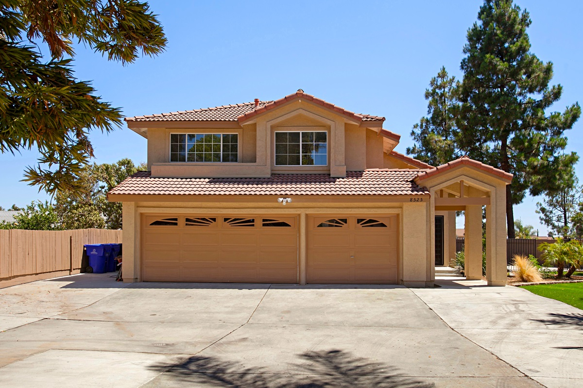 8525 Calle Cristobal, San Diego, CA 92126