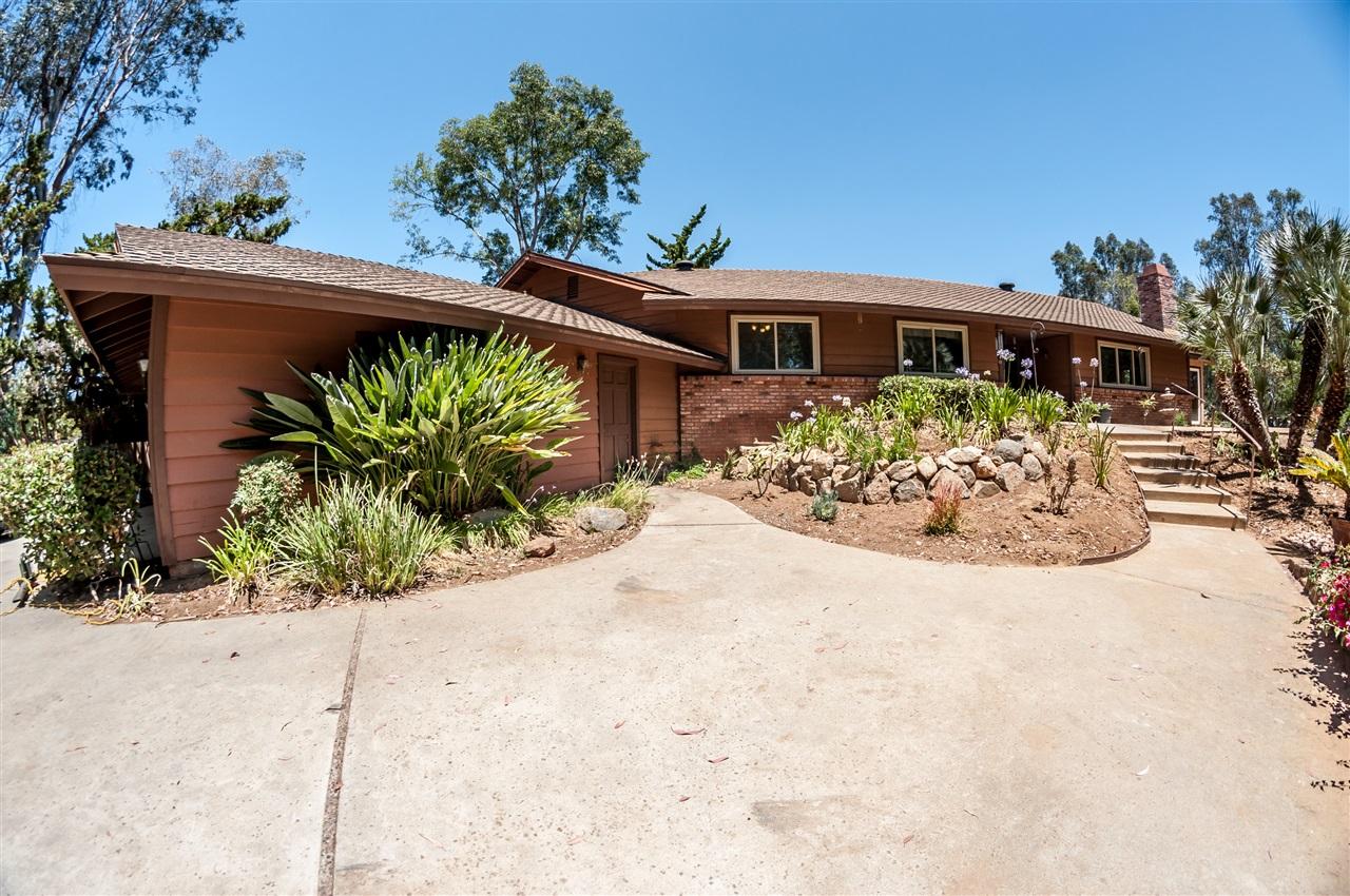 1831 Foothill, Vista, CA 92084