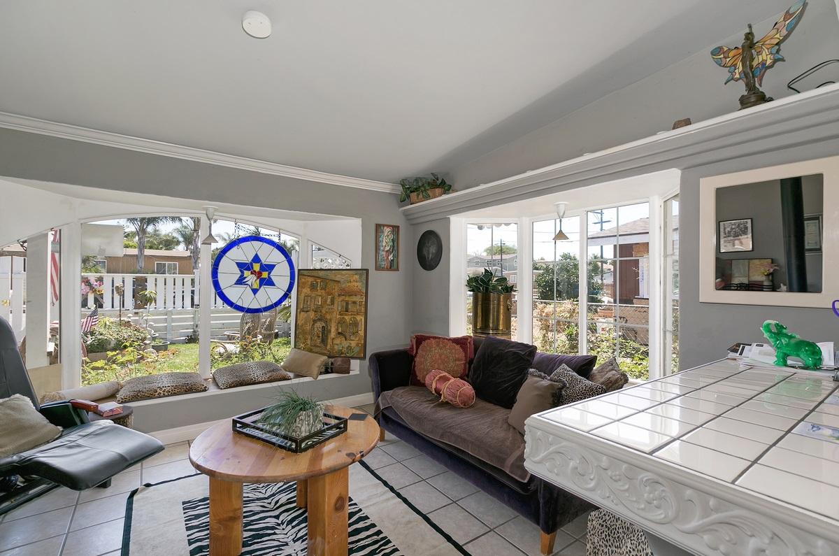 1304 Langford Street, Oceanside, CA 92058