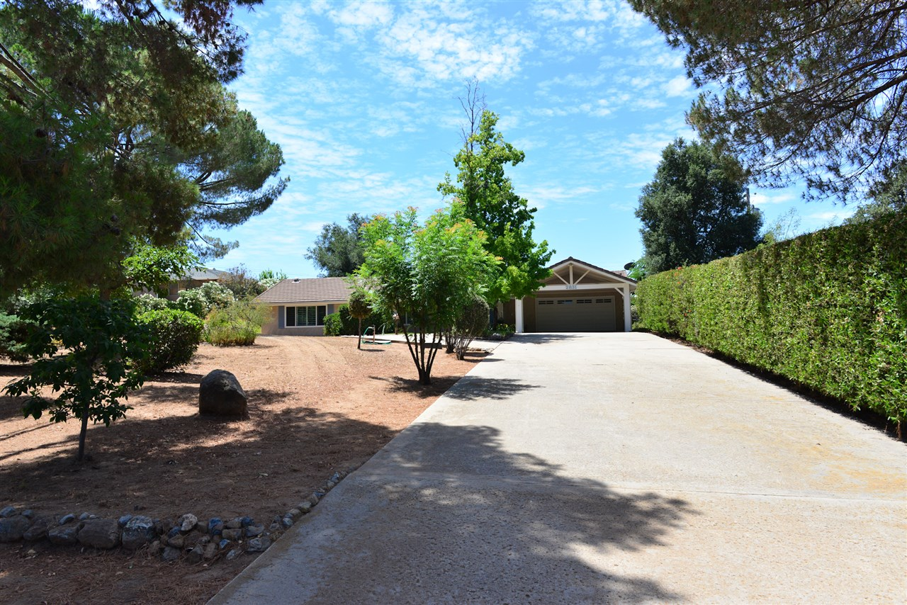 2831 Olive View Road, Alpine, CA 91901