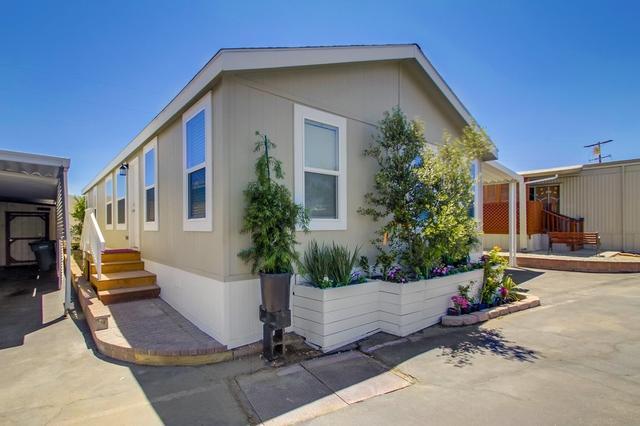 1515 Capalina Rd #15, San Marcos, CA 92069