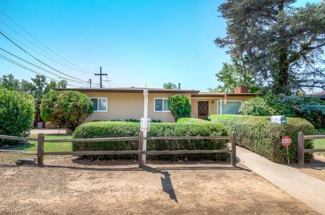 1121 S Pine St, Escondido, CA 92025