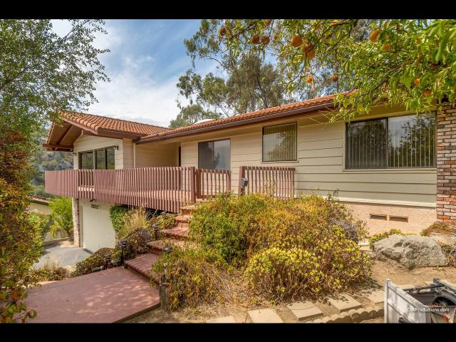 28322 Meadow Gln, Escondido, CA 92026