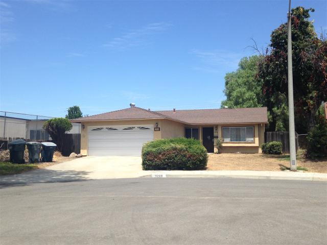 1268 York Ave, Escondido, CA 92027
