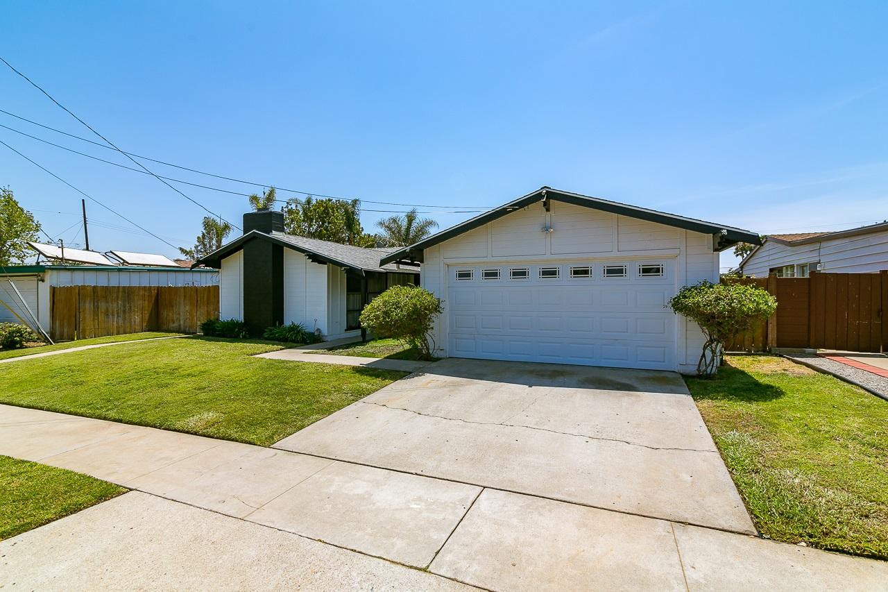 4441 Clayford, San Diego, CA 92117