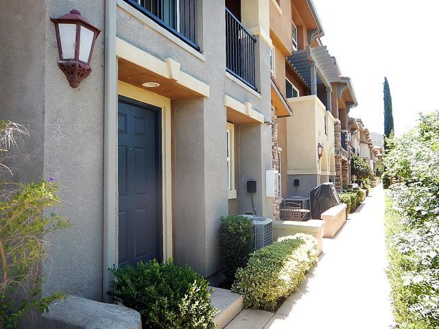 69 Via Sovana, Santee, CA 92071