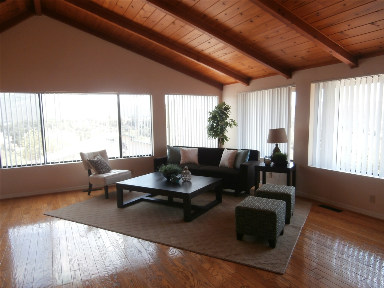9657 Mizpah Lane, Descanso, CA 91916