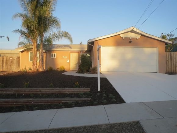 511 Broadview St, Spring Valley, CA 91977