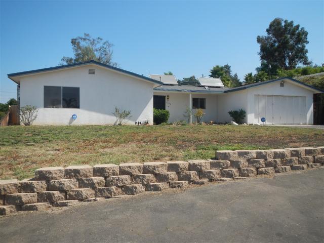 13336 Scotsman Rd, Lakeside, CA 92040