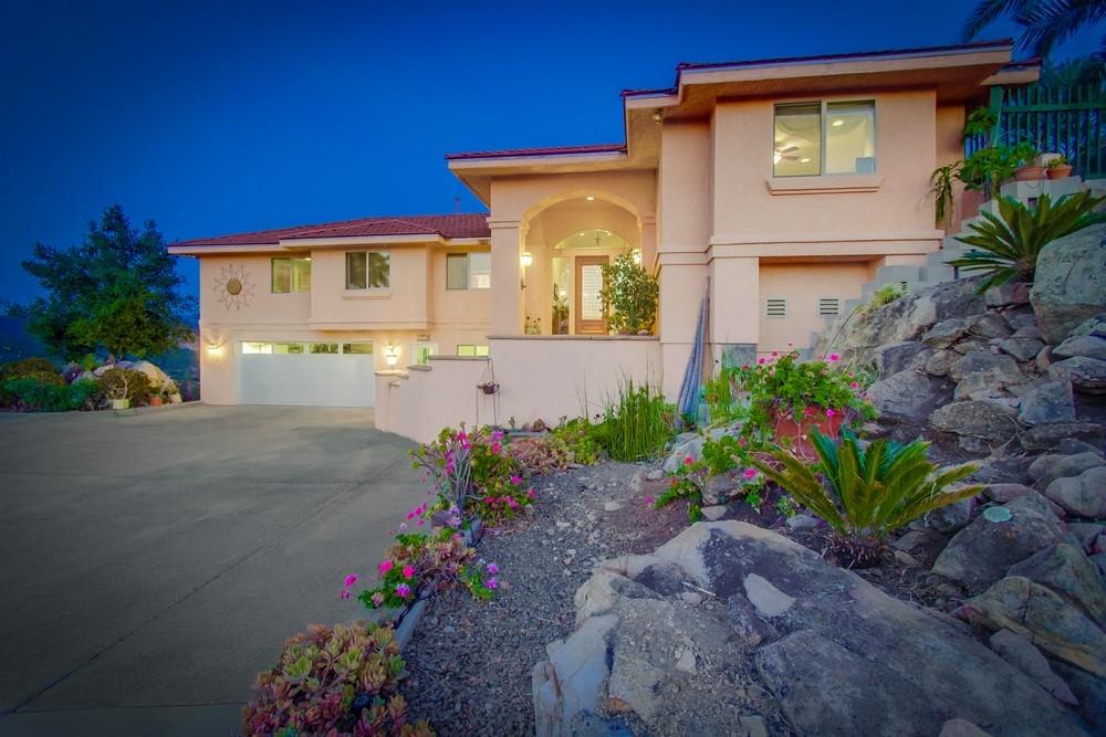 1749 E Sheridan, Escondido, CA 92027