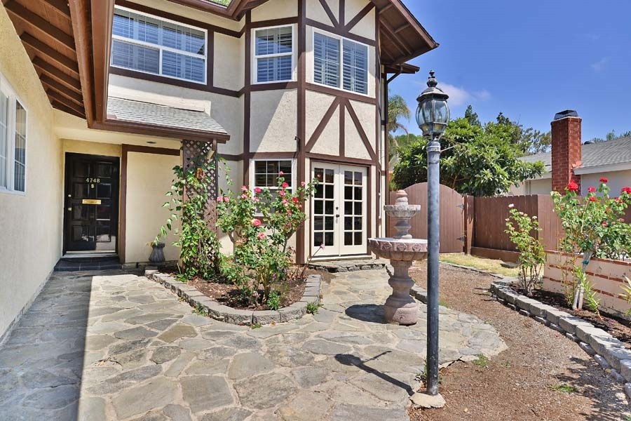 4748 Robbins Street, San Diego, CA 92122