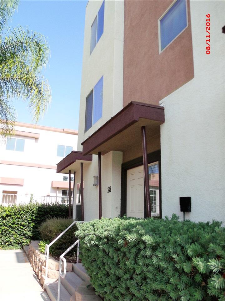 2511 Casata Glen #28, Escondido, CA 92025