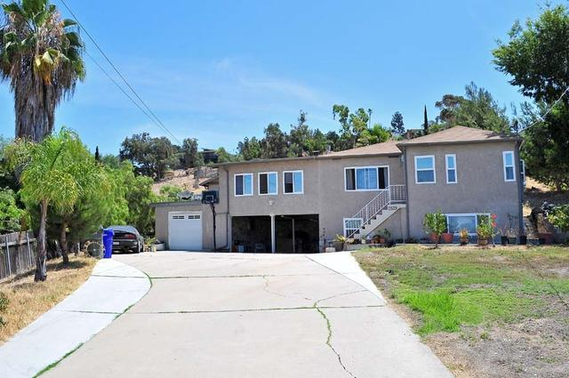 2839 Helix St, Spring Valley, CA 91977