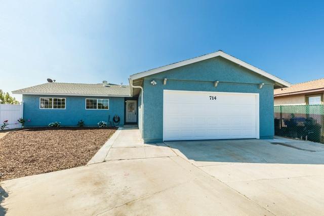 714 Herbert St, Oceanside, CA 92057