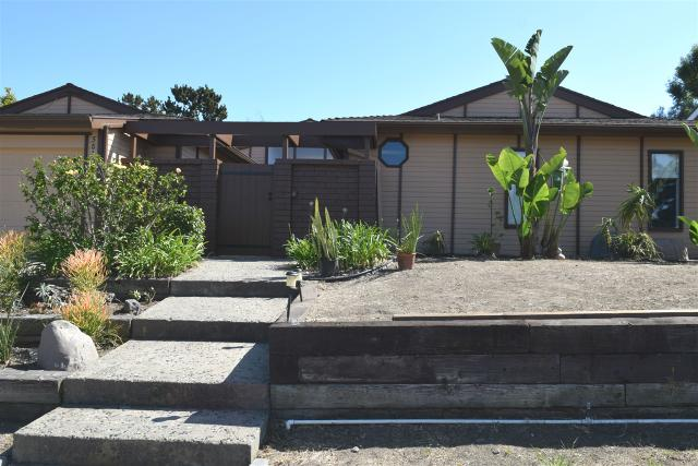 5810 Soledad Mountain Rd, La Jolla, CA 92037