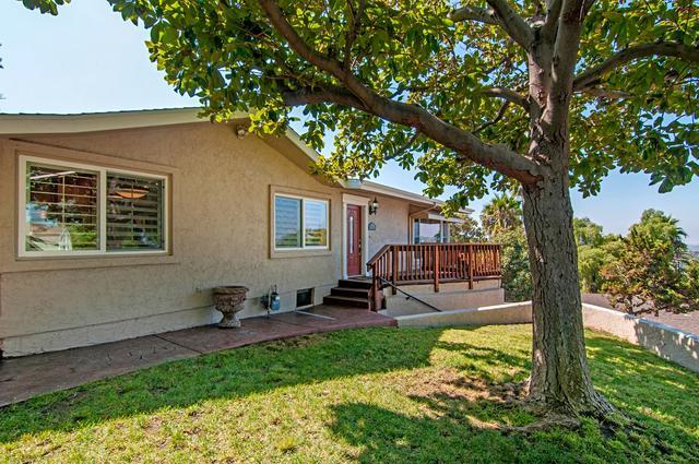 9455 Alto Dr, La Mesa, CA 91941