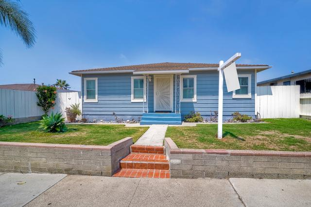 1410 Bush St, Oceanside, CA 92058