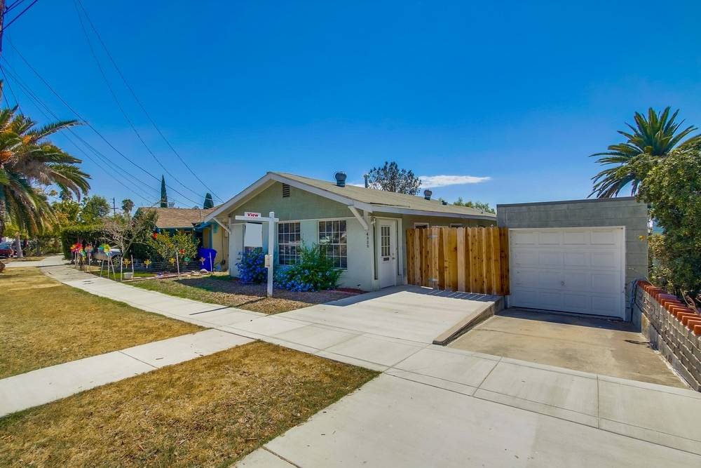 4920 W Mountain View Drive, San Diego, CA 92116