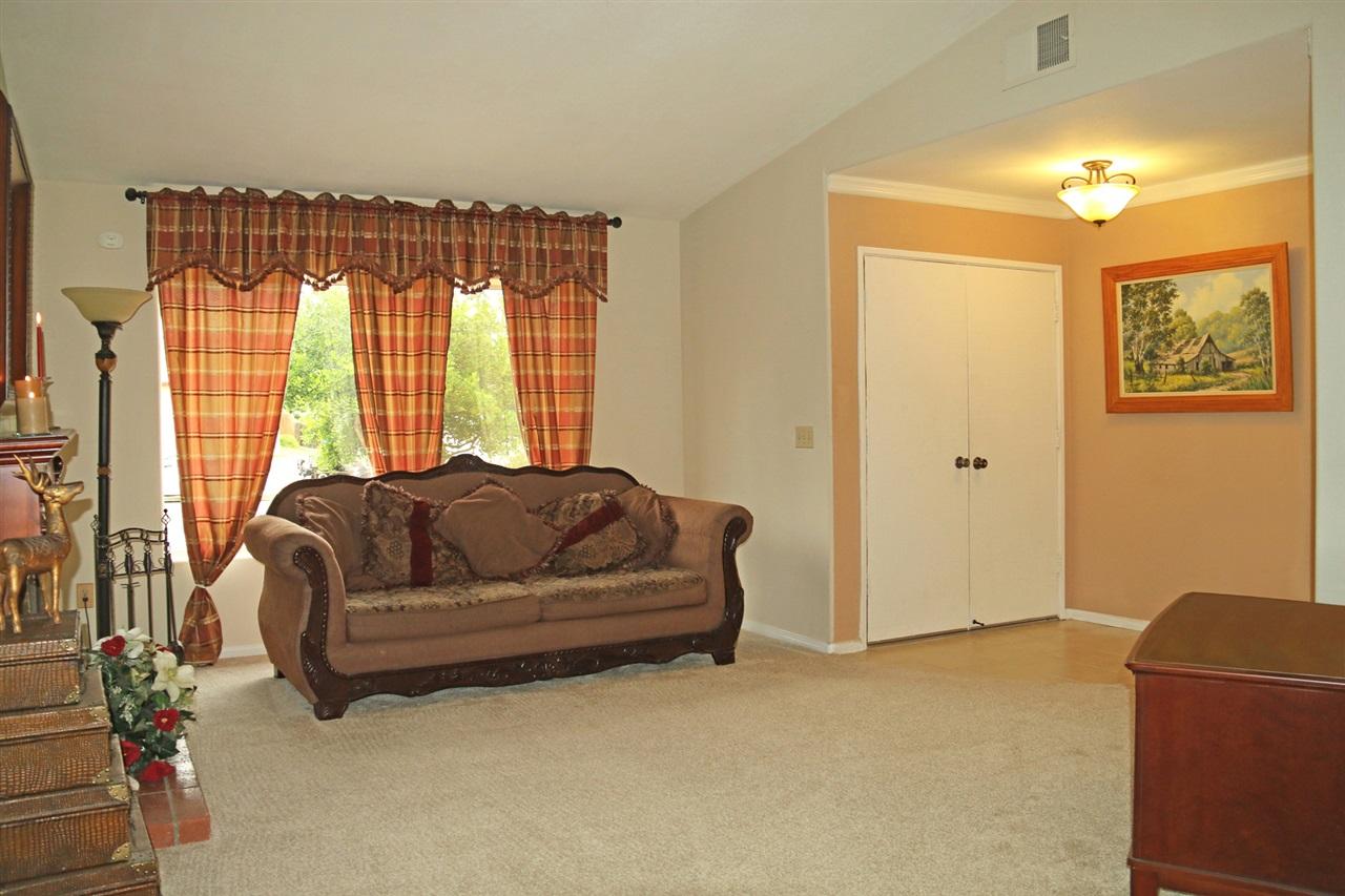 13416 Montego Drive, Poway, CA 92064