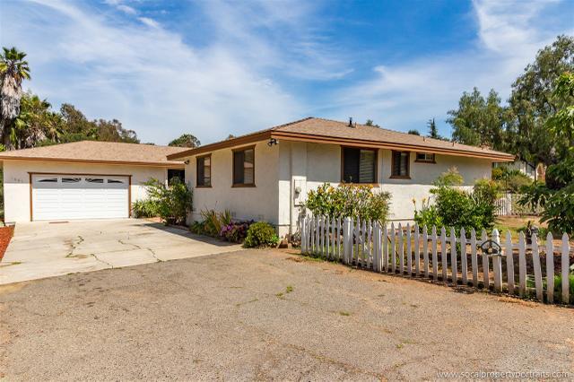 1661 Foothill Dr, Vista, CA 92084