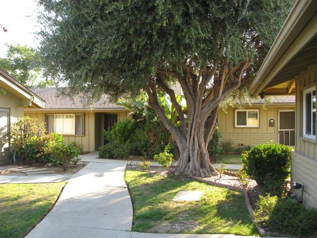 818 E Washington Ave #A, Escondido, CA 92025