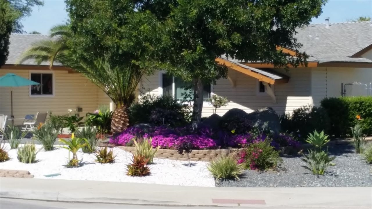 1982 N Craigmore Ave, Escondido, CA 92027