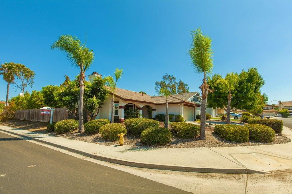 7449 Canyon Peak Lane, San Diego, CA 92126