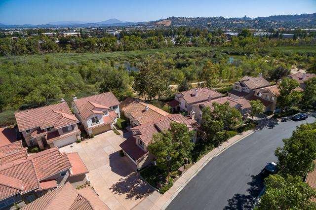 133 River Rock Ct, Santee, CA 92071