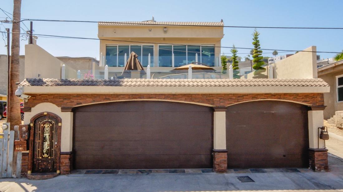 9281 Calle Villagran, Tijuana, CA 99999
