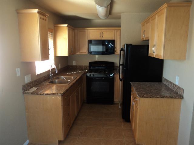 311 Cottonwood Rd #16, San Ysidro, CA 92173