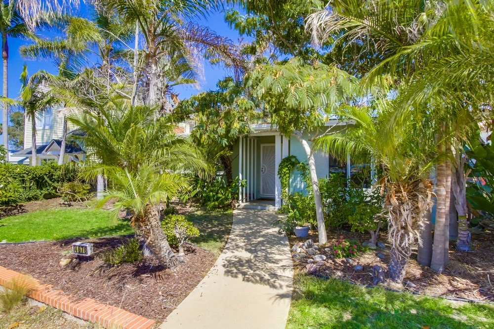 4678 Santa Cruz Avenue, San Diego, CA 92107